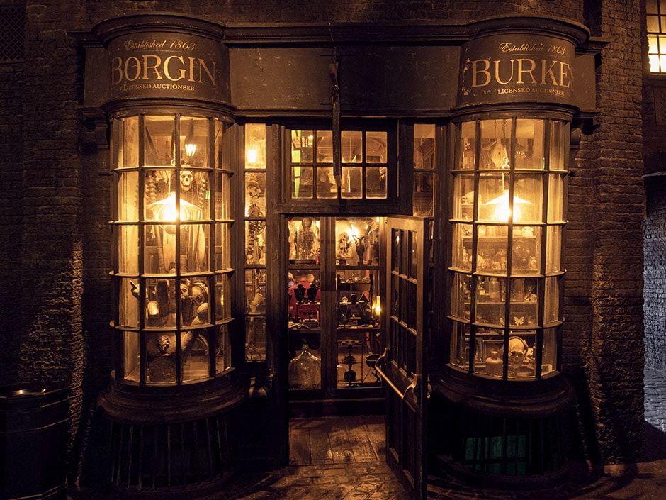 Borgin and Burkes in The Wizarding World of Harry Potter