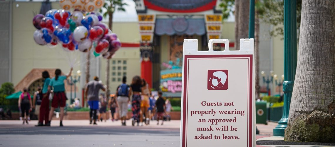 face-covering-sign-hollywood-studios-1.jpg