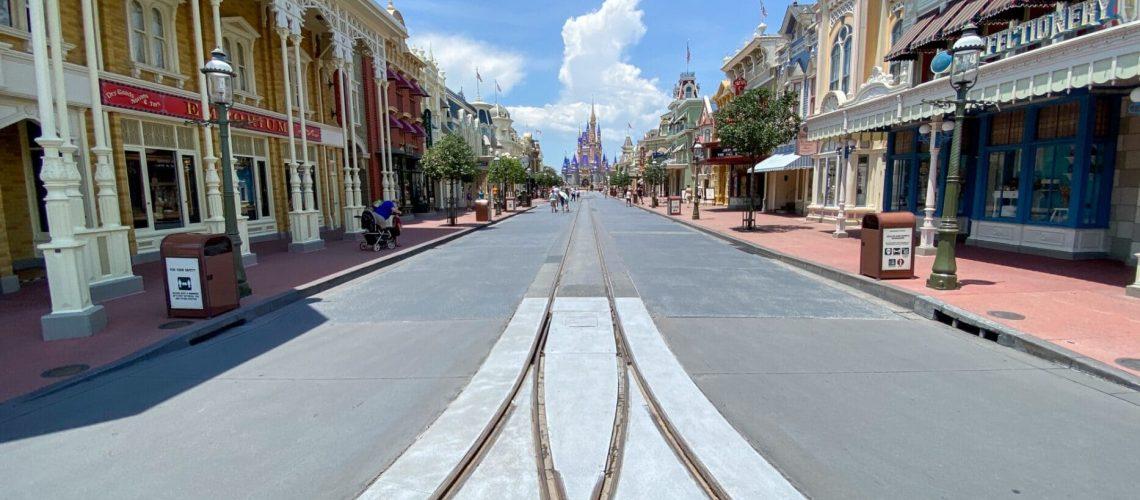 magic-kingdom-half-day-main-street-usa-2-1867x1400.jpg