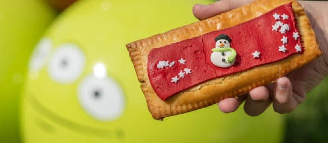 woodys-lunch-box-christmas-holiday-tart-11082019-1-696x464-2.jpg